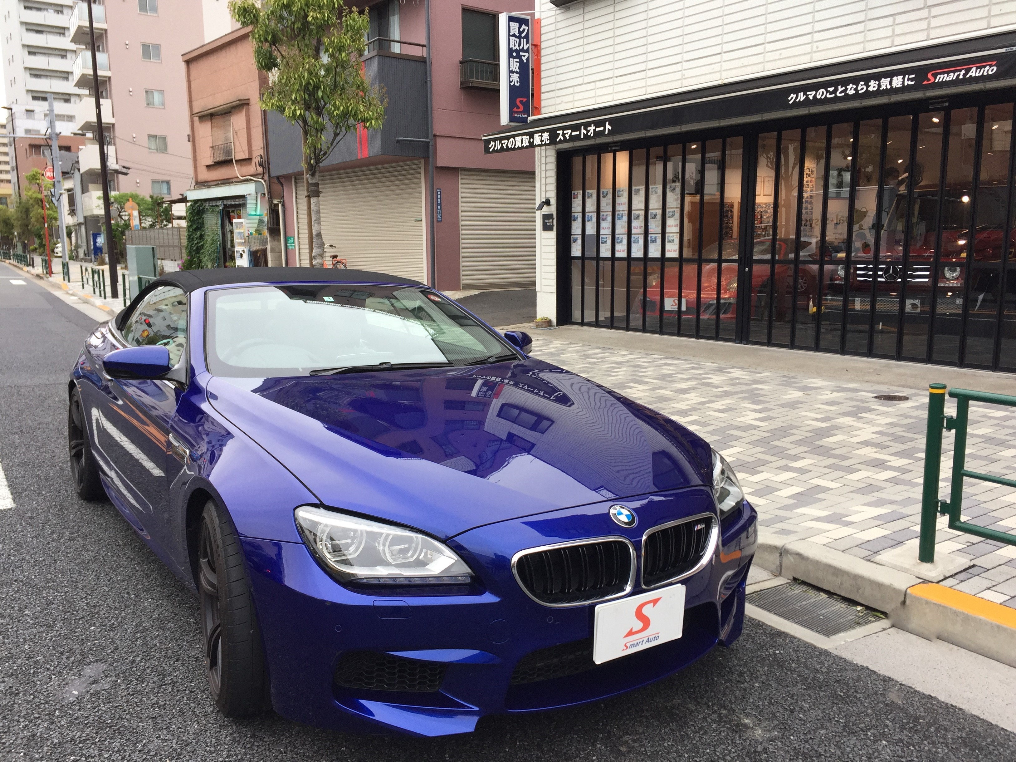 在庫車に< BMW M6 カブリオレ >が、追加になりました。