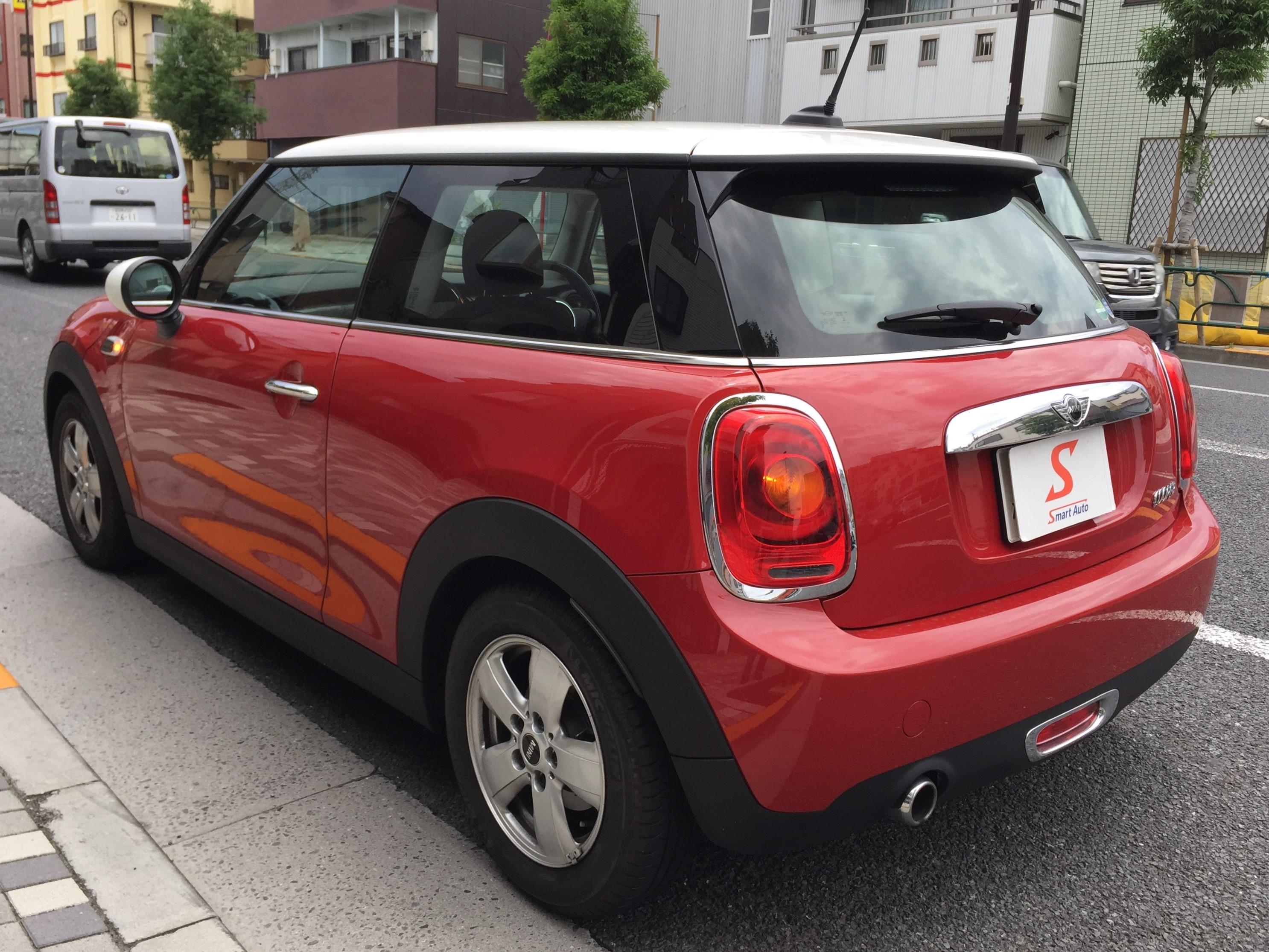 スマートオートの販売在庫車に< MINI クーパー >が、追加になりました。