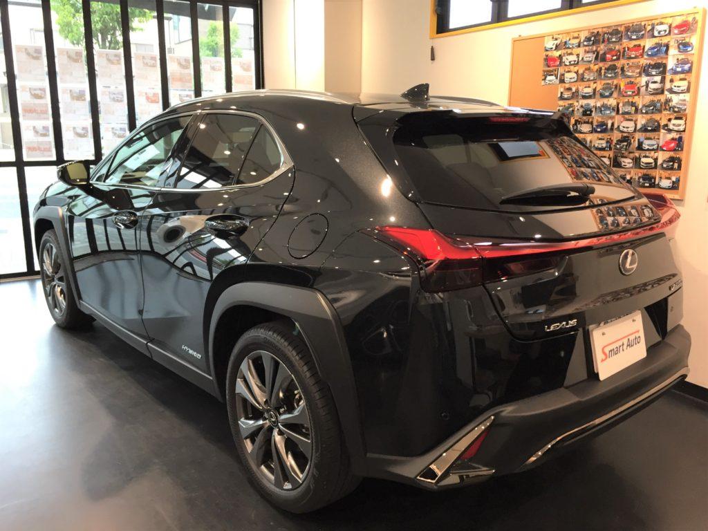 2020年式 レクサス UX250h FスポーツAWD(寒冷地仕様)が入庫致しました。