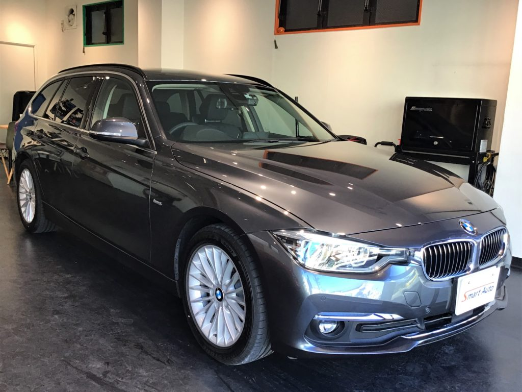 2017年式 BMW 320d ツーリング ラグジュアリー をお買取させて頂き、販売車に追加しました。