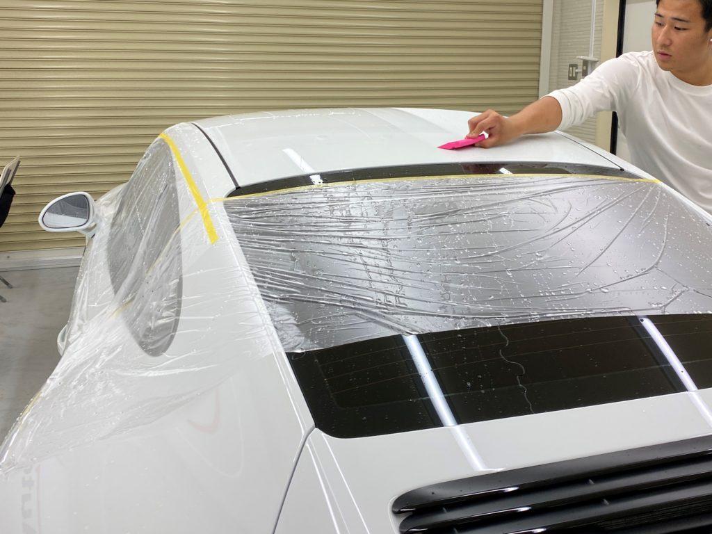 ポルシェ 991 GTS のルーフにプロテクションフィルムを施工しました