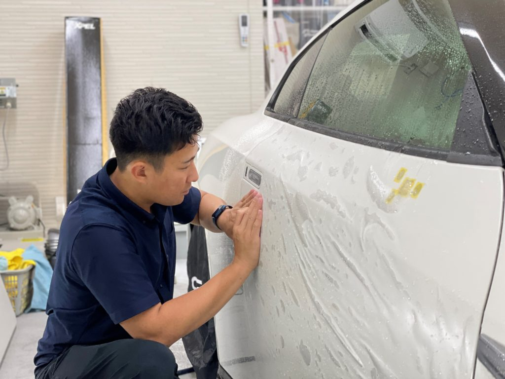 日産 GT-R NISMO の車体全面にプロテクションフィルムの施工しました