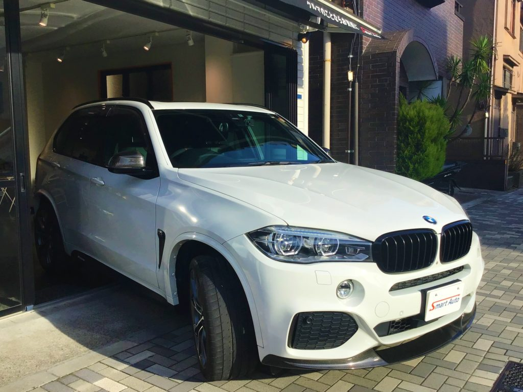 2016年式 BMW X5 xDrive 35d Mスポーツ をお買取させて頂き、販売車に追加しました。