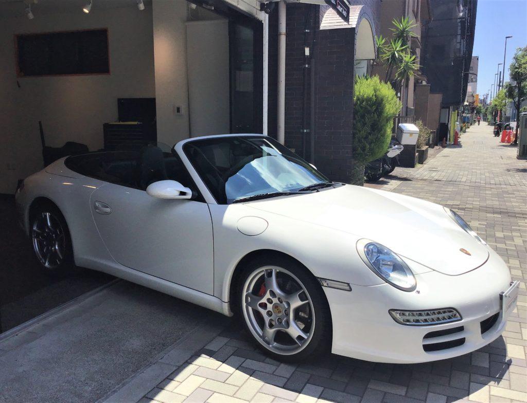 在庫車に< ポルシェ 911 カレラS カブリオレ >が、追加になりました。